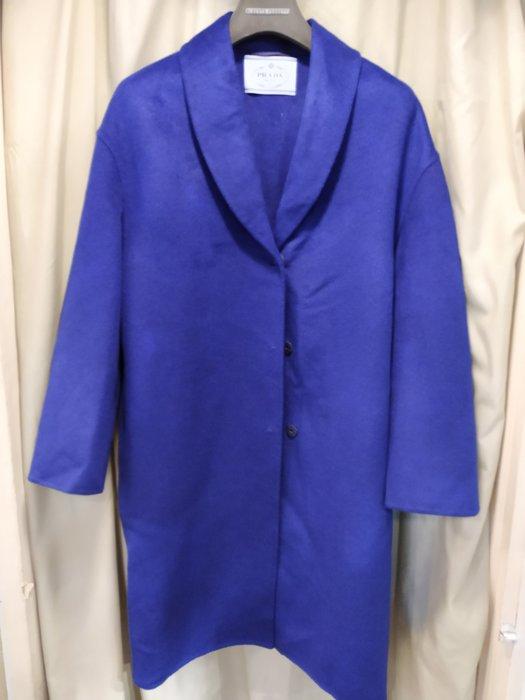 *旺角名店* ㊣ Prada 亮藍色小羊毛 輕軟保暖 短大衣 外套