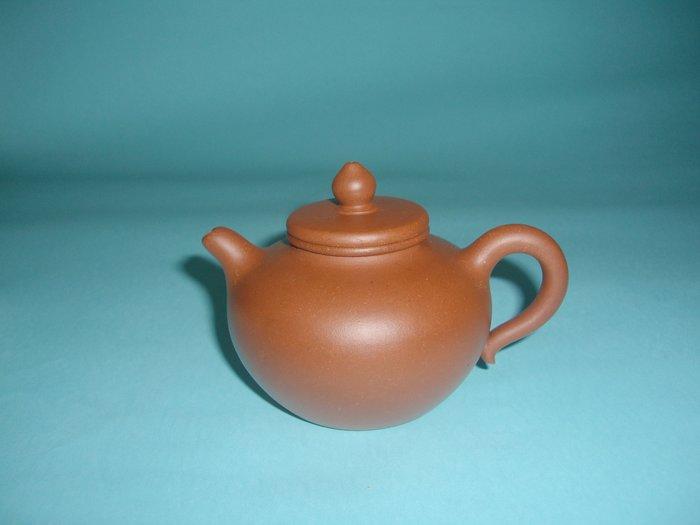 (三包)中國宜興早期80期老技師麗羣(莉羣)220CC平蓋蓮子清水泥紫砂壺(早期土胎非常漂亮,非現代泥料可以相比的)