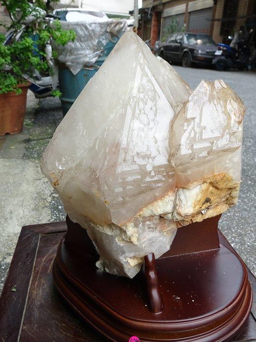 ~shalin-crystal~巴西鱷魚骨幹水晶~4.789公斤~完整度高~除穢聚氣~化煞聚財~低價起標!