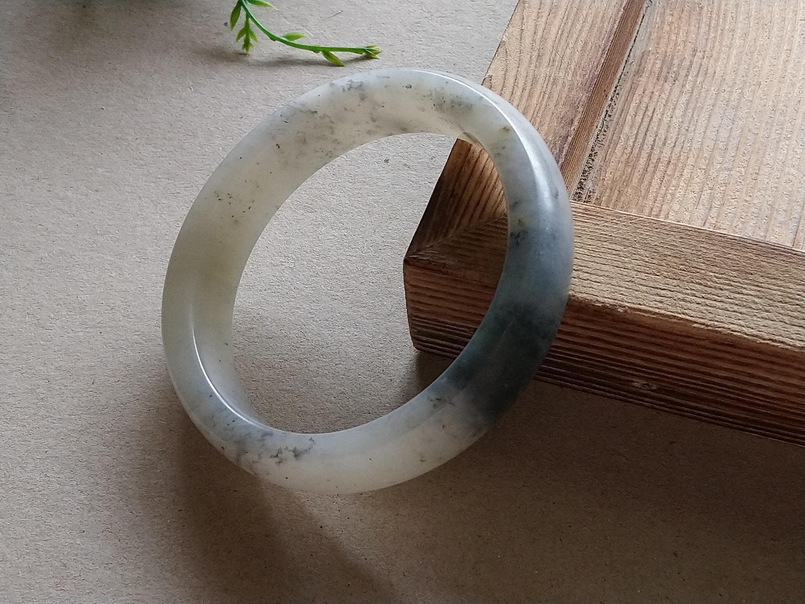 簡單Simple。現貨。10385號天然新疆和闐玉/和田玉青花籽料手鐲子手鐲鐲子手環。內徑56MM