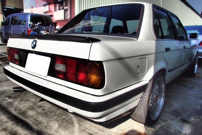 DJD19040429 BMW E30  排氣管改裝 2000起 依需求報價