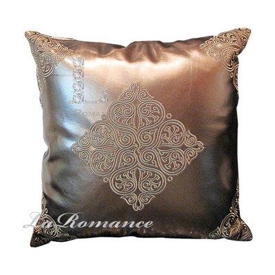 【芮洛蔓 La Romance】咖啡金仿皮革圖騰雙面抱枕 / 靠枕 / 靠墊 / 紳士風