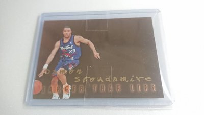 1996-97SKYBOX明星Damon Stoudamire LARGER THAN LIFE特卡一張~350元起標