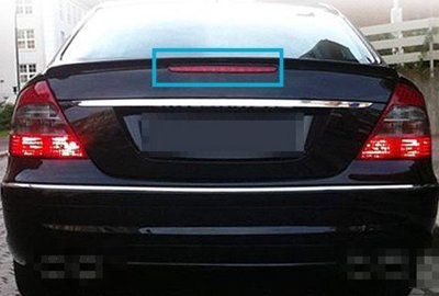 台中bbcar BENZ W211 後箱蓋第三煞燈 副廠