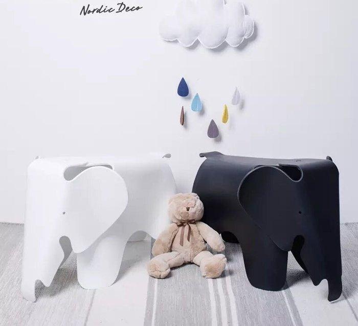 【 一張椅子 】瑞士 Vitra Eames Elephant  兒童大象椅,Charles & Ray Eames 設計 復刻品