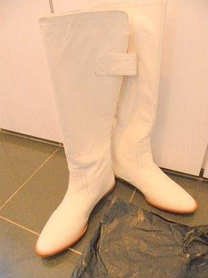 100%新 絕對真品【ZARA】女裝 圓頭 白色 真皮 平底 長靴鞋 Boot, 37碼, 10寸鞋長, 14寸長靴,真皮底鞋(原$1,950)