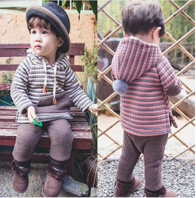 "♥ 【BS0114】DT-6508 韓版男童裝""刷毛""條紋拚色連帽套裝 2色 (紅灰 現貨) ♥"
