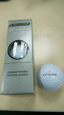 New Spalding Executive Titanium Plus 高爾夫球  (全新品)美國製