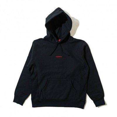 沃皮斯§Supreme Trademark Hooded Sweatshirt 黑底紅字 Logo 帽T SUP47