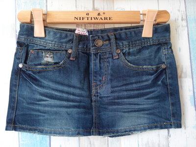 【特價新品】超便宜CUTTLE JEANS刷破低腰牛仔短裙,特價100(二分窄裙、SIZE:XS號)