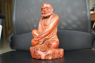 【竹雕館】~竹雕人物擺把件精選 清中 竹雕 沉思羅漢 如入定中 令人望而心生平靜