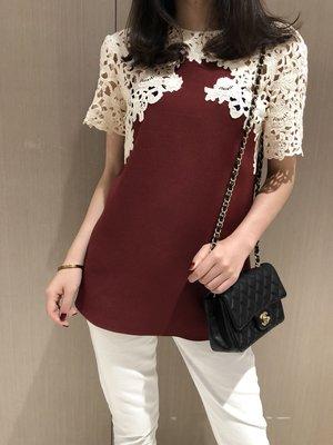 《巴黎拜金女》超美的酒紅色絲毛面料拼接蕾絲花上衣