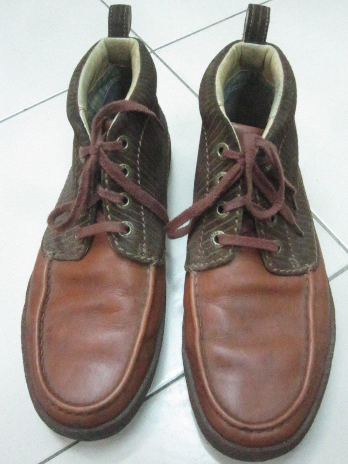 台北自售:英國經典Clarks專櫃時尚男雙色休閒靴非palladium Dr.Martens義大利schott皮衣元起標