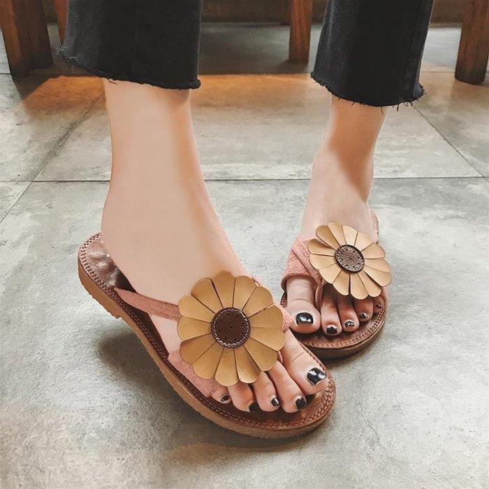 涼拖女夏外穿潮流百搭平跟夾趾人字拖網紅度假花朵防滑沙灘鞋拖鞋