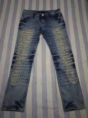 淺藍色刷白洗舊破洞寬鬆假兩件九分牛仔褲M號