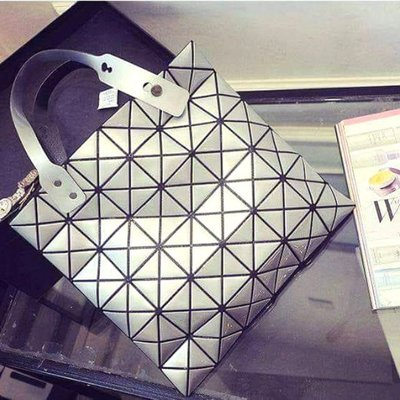 【現貨】菱格 幾何 單肩 手提包