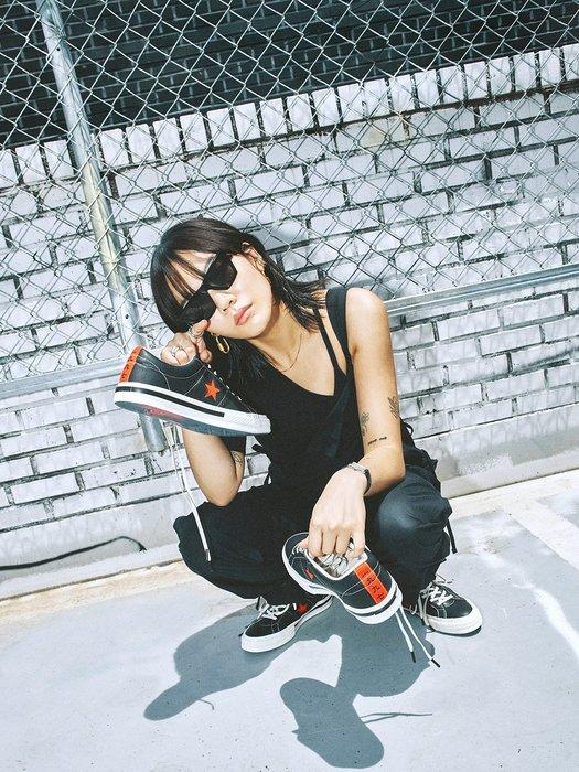 XinmOOn CONVERSE X KASINA ONE STAR OX 1997 162839C 皮革 黑米白紅 男