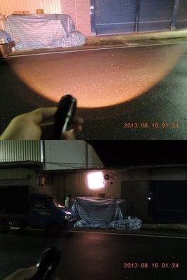 黃光 攻擊型CREE XML - T6 U2 2用電源 強光手電筒 伸縮調焦 變焦遠射 使用18650 或4號電池3顆.