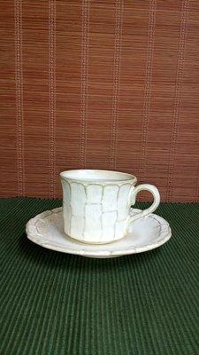 (店舖不續租清倉大拍賣)米白色咖啡杯盤,原價1200元特價600元