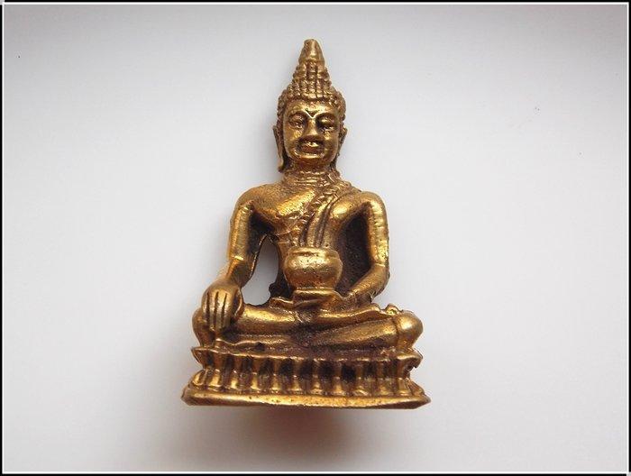 【雅之賞|藏傳|佛教文物】*特賣* 尼泊爾 銅製 釋迦牟尼佛 隨身小佛像~Q1291