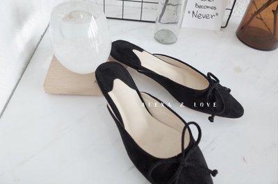 Alexa&Love_尖頭麂皮黑色系帶平底拖鞋(現貨特)