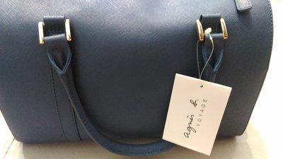 日本專櫃帶回~全新正品~ agnes.b 十字紋防刮肩背側背波士頓包