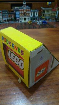LEGO 樂高 852521 BOOK ENDS 紅色書擋.二入一組 (全新絕版品$1580含郵)