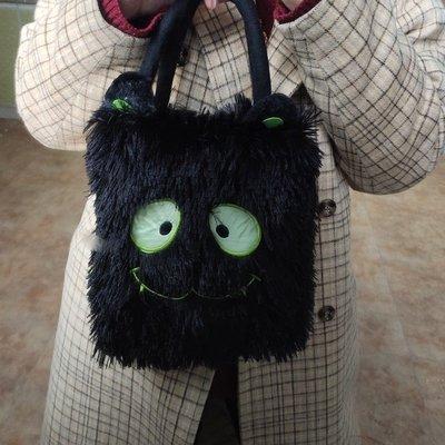 RORO韓國專櫃~MUDAPPO地獄使者 黑色毛絨可愛刺繡惡魔街頭單肩斜挎包手提袋免運