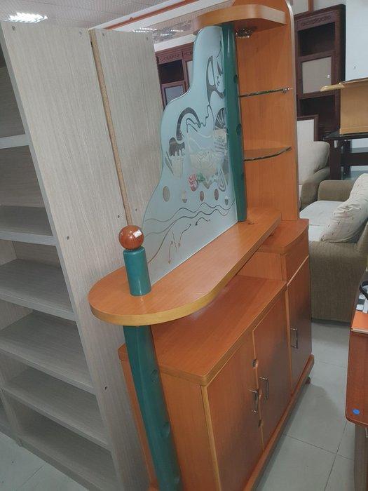 新竹二手家具買賣來來-出清&四尺玻璃屏風櫃隔間櫃櫥櫃客廳櫃~新竹搬家公司|竹北-新豐竹南頭份-2手-家電買賣中古實木傢俱沙發-茶几-衣櫥-床架-床墊冰箱洗衣機