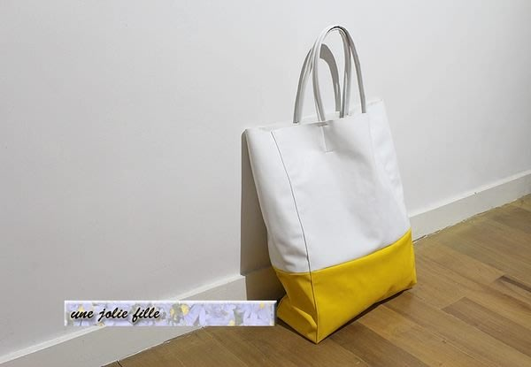 獨家手工定製歐美早春必備白拼黃亮色撞色仿羊皮單肩背超軟隨性托特大方包tote shopping bag