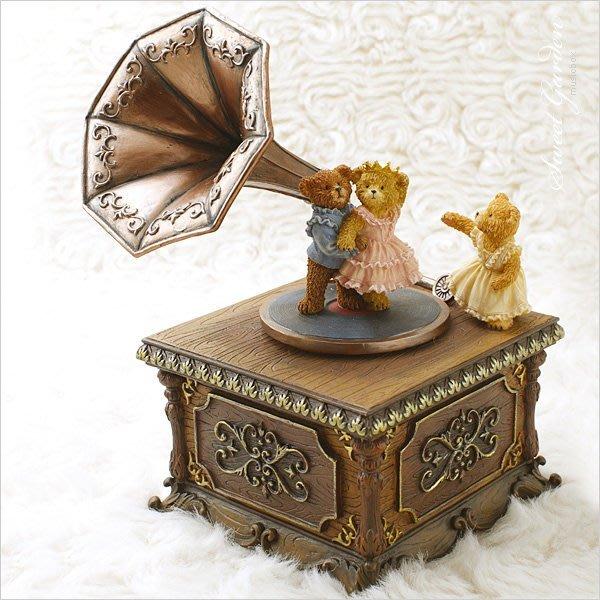 Sweet Garden, JARLL小熊留聲機音樂盒 旋轉擺飾(免運) 仿木紋底座 仿舊古董傢飾 精緻可愛