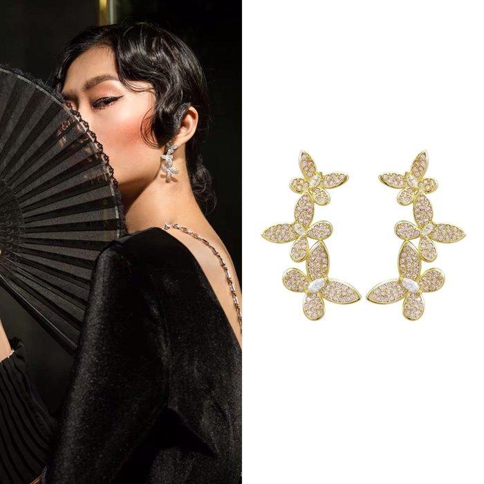 💎1627、Swarovski設計款 夢幻金色微鑲飛舞蝴蝶輕奢耳環💎 名牌精品 耳環 925純銀耳針 空運來台 輕奢珠寶 正韓飾品