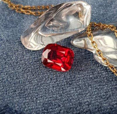 揚邵一品 頂級品(附雙證書)頂級無燒鴿血紅紅寶石 1.08克拉 顏色艷紅明亮 超乾淨玻璃體 無裂痕 少見難尋的品項