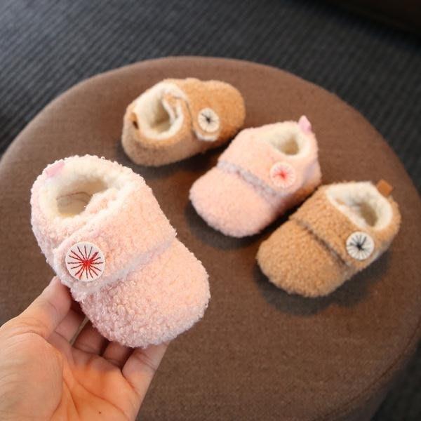 「免運」嬰兒鞋子0-1歲軟底秋冬季男女寶寶步前鞋3-6-9個月幼兒加絨保暖鞋 『菲菲時尚館』