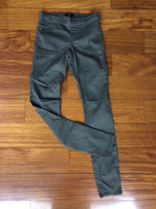 (嘻哈姐弟)H&M  女生二手窄管休閒褲 有彈性 九成新 現貨 US. 4  鬆緊褲頭 九成新
