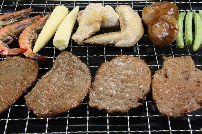 【中秋烤肉食材】調味豬肉片 / 300g (約10片上下)~肉質鮮嫩保水性很高~萬象極品購物嚴選的烤肉片