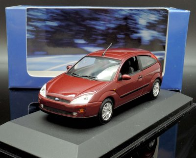 【MASH】[現貨瘋狂價] 原廠 Minichamps 1/43 Ford Focus 3-door red
