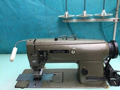 工業用縫紉機  兄弟牌  雙針平縫(倍梭) 適用押雙針線丶排條丶皮件丶走皮包條雙針線。