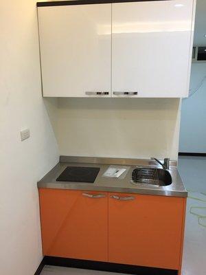 小橘小白房東最愛,晶潔幫你小的剛剛好,木芯桶+美耐門+白鐵檯面 上下櫃100CM+電陶爐