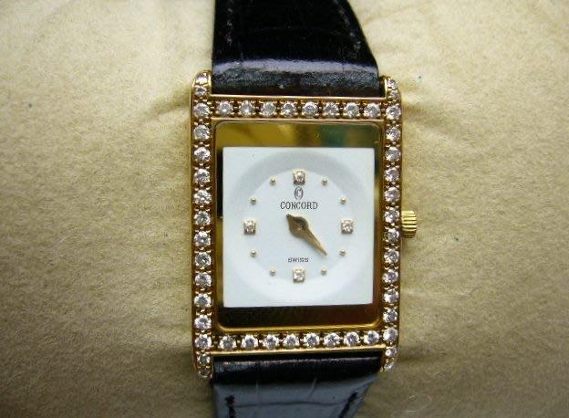 [吉宏精品交流中心]CONCORD 康豪 君皇 18黃K金 原鑲讚石 石英 皮帶 女錶
