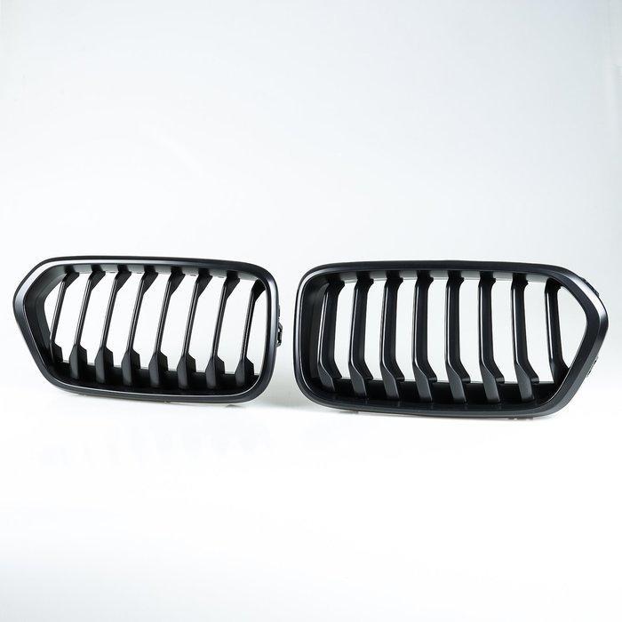 [消光黑] 水箱罩格柵鼻頭 BMW X2 F39 2019-2020年適用/汽車外飾交換件