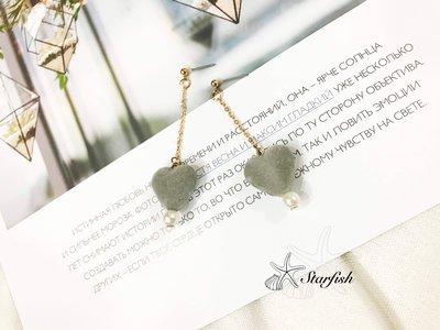 【海星 Starfish】優雅甜心款搖曳珍珠愛心耳環(氣質灰)