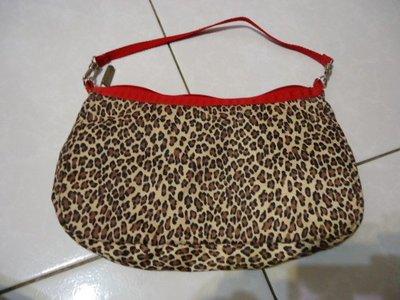 Lesportsac 手拿包,寬度:27cm,高度:15cm,美國製,少用極新,降價大出清