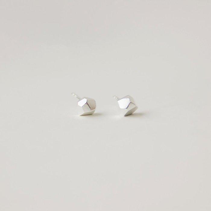 [U'NIDO] 原創手作 都會幾何3D立體小石頭耳環 -  925純銀/ 中性設計/ 手工雕刻/ 簡約優雅/ 暖心禮物