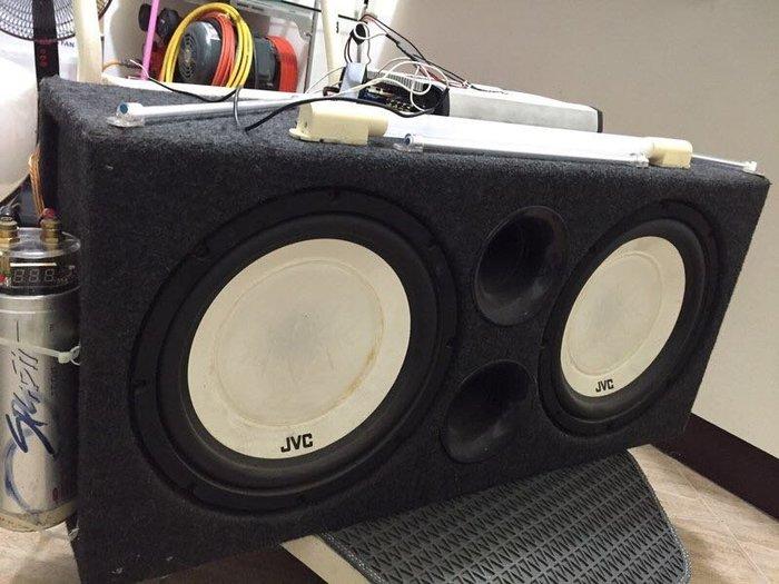 JVC 12吋超重低音喇叭及線材,擴大機