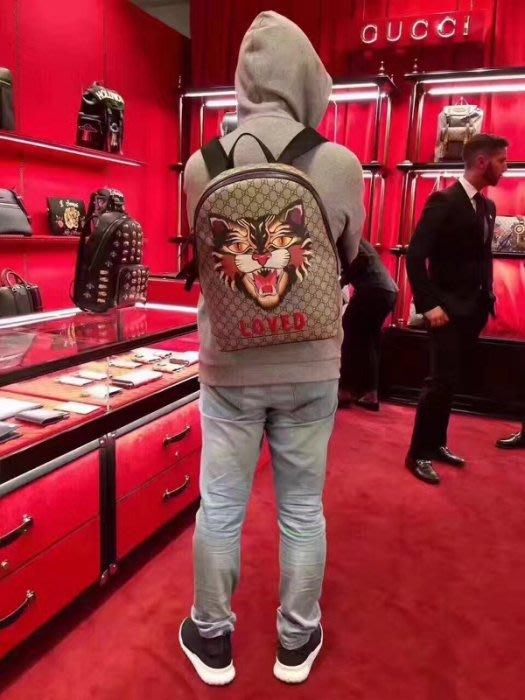 Gucci 419584 Angry Cat print GG Supreme backpack 野山貓後背包