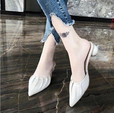 韓國時尚女鞋舘香港潮牌尖頭包頭半拖鞋女2021夏季新款外穿時尚中跟氣質半拖單鞋