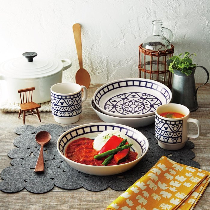 迪士尼Disney《預購》米奇 精緻設計 餐盤+馬克杯組~可機洗可微波~日本製~心心小舖