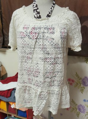 *瘋日本 出清200元*東京帶回 女裝上衣 LOWRYS FARM 森林系清新白 短袖 彈性蕾絲外罩衫