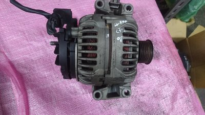 W204 C300 原廠 發電機